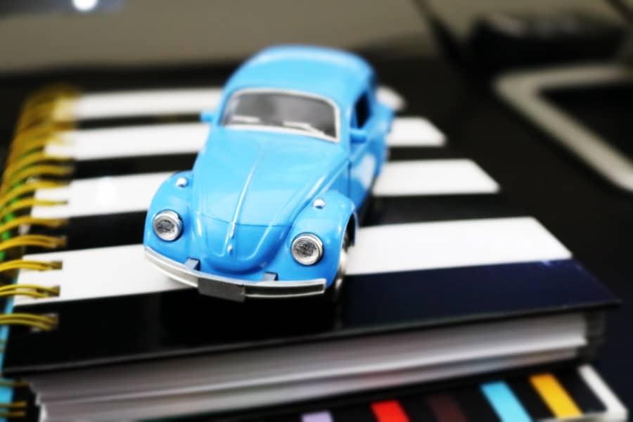 photographe produits 5pixels auto bleu